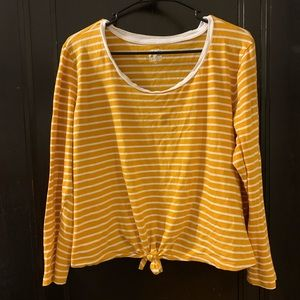 Striped Tie-Front Scoop Neck Cropped Tee